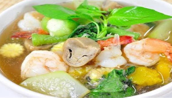 Fresh Shrimp Liang Curry, Kaeng Liang